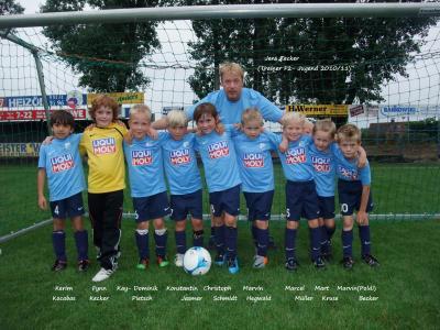 Foto zur Meldung: F2-Jugend - Mannschaftsfoto Saisonstart 2010/11