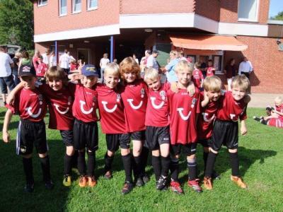 Foto zu Meldung: F-Junioren zu Gast bei Hannover 96