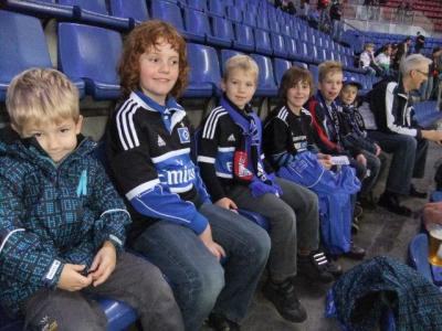Foto zu Meldung: F- Junioren zu Gast in der Imtech Arena