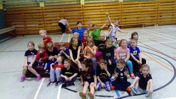 Foto zu Meldung: Sport und Übernachtung der Kinderfeuerwehr