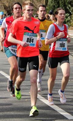 Foto zur Meldung: Glänzende Leistungen der LAZ-Athleten beim Bayerlauf