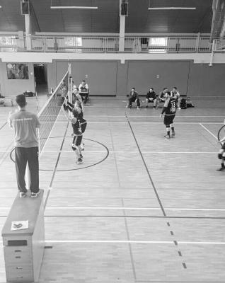 Foto zur Meldung: Spitzenspieltag der 1. Männermannschaft