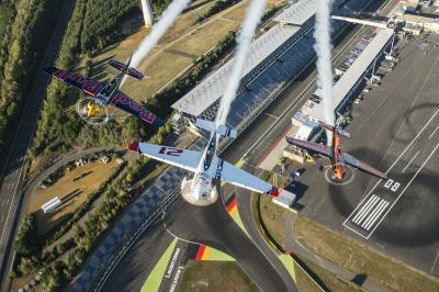 Foto zur Meldung: Red Bull Air Race am 16./17. September am Lausitzring