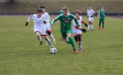 Foto zur Meldung: C-Jugend holt ersten Saisonsieg