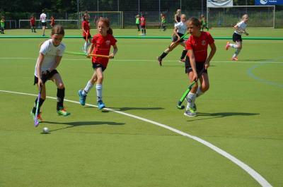 Foto zur Meldung: 19.-21.4. Hockey-Feldcamp für alle Altersklassen - jetzt anmelden
