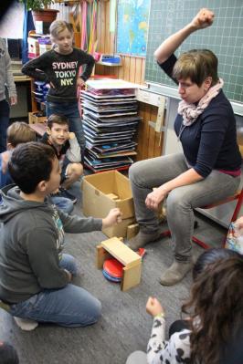 Foto zur Meldung: Gewaltpräventionskurs mit Frau Daub für alle Klassen