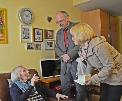 Vorschaubild zur Meldung: Bürgermeister gratuliert zum 100. Geburtstag