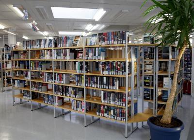 Am Donnerstag vor den Osterferien waren kleine und große Leserinnen und Leser zum Vorlesen und Basteln in der Bücherei Bischofsheim eingeladen.
