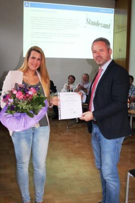 Vorschaubild zur Meldung: Myriam Grahlert zur Standesbeamtin bestellt