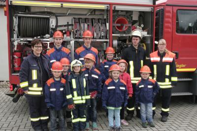 Foto zur Meldung: Schnuppertag bei der Freiwilligen Feuerwehr Oppelhain