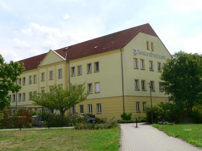 Gesundheitsamt OSL in der Großenhainer Straße 62 in Senftenberg