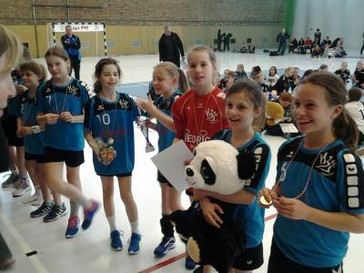 Foto zur Meldung: E-Jugend des HSV Falkensee mit Platz 4 beim BB-Cup