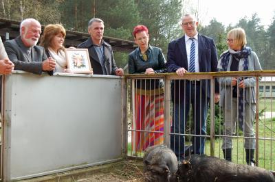 Foto zu Meldung: Tierschutzpreis für den Niederbarnim Verein