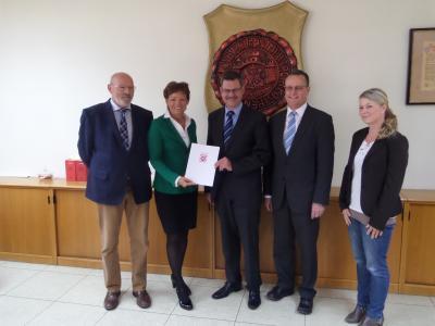 Erster Beigeordneter Schäfer, Ministerin Lucia Puttrich, Bürgermeister Carsten Krätschmer, Landtagsabgeordneter Klaus Dietz, Carina Schmück