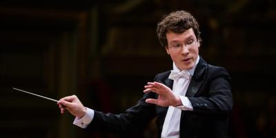 Vorschaubild zur Meldung: Pfingst-Konzert mit der Elbland-Philharmonie auf Schloss Hirschstein
