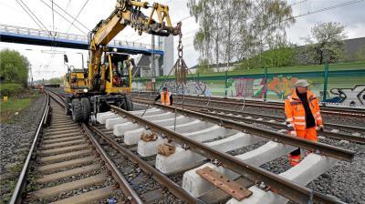 Foto zu Meldung: Auf den Schienen rollt es wieder