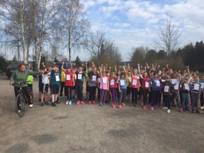Foto zur Meldung: Minimarathon der Schule
