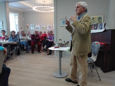 "Foto zur Meldung: Literatur-Cafè: Dietmar Linke ""Bedrohter Alltag: Als Pfarrer im Fokus des MfS"""