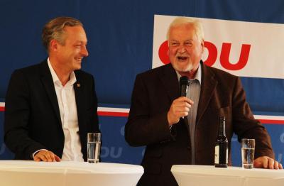 """Foto zu Meldung: """"Mehr Respekt für die Landwirtschaft""""  -  Peter Harry Carstensen zu Gast in Damsdorf"""