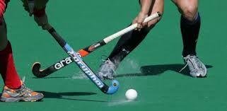 Vorschaubild zur Meldung: Hockey: Damen halten Anschluss