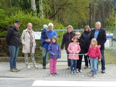 Foto zur Meldung: Übergabe Fußgängerüberweg in Rückersdorf
