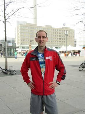 Foto zur Meldung: Rolf Hollain schnell in Berlin unterwegs