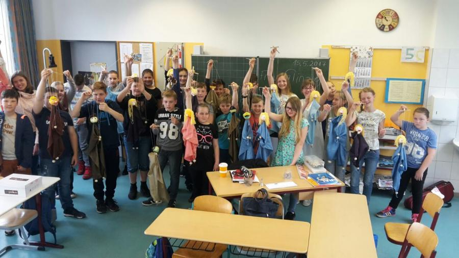 Weihnachtsbasteln 5 Klasse.Grundschule Nord Hennigsdorf Thementag Klasse 6 Marionetten