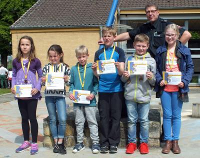 Foto zur Meldung: Schüler der Grundschule am See absolvierten die Radfahrprüfung der Verkehrswacht und das ADAC_Fahrradturnier in Groß Twülpstedt