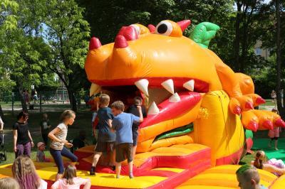 Foto zu Meldung: Großes Kinderfest der Calauer Stadtbibliothek