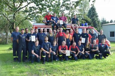 Foto zur Meldung: Teilnahme der Männermannschaft am Spaßausscheid in Düpow