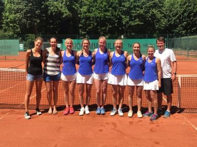 Vorschaubild zur Meldung: Tennis: 1.und 2.Damen steigen auf - Herren sichern Oberliga