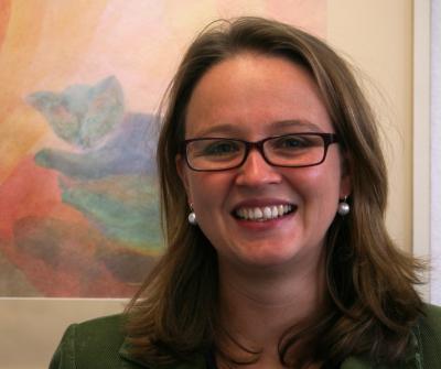 Die Stadt Maintal bietet durch die Expertin Dr. Kathrin Schmitt (Foto) ein kostenfreies Beratungsangebot für Familien zur Unterstützung bei Lernbesonderheiten von Kindern.