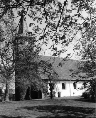 Foto zu Meldung: Vor 100 Jahren: Eine Kirchenglocke für den Krieg  – Abschiedsläuten in Bornhöved