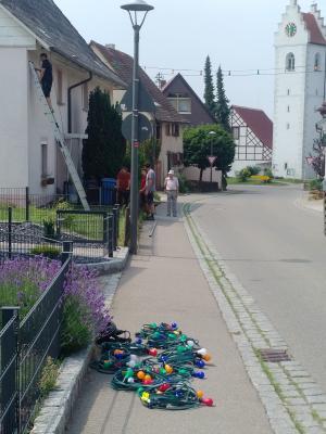 Aufbauarbeiten in der Josef-Buchholz-Straße