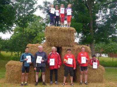 Foto zur Meldung: Witziner Hindernislauf mit Laager Sieger