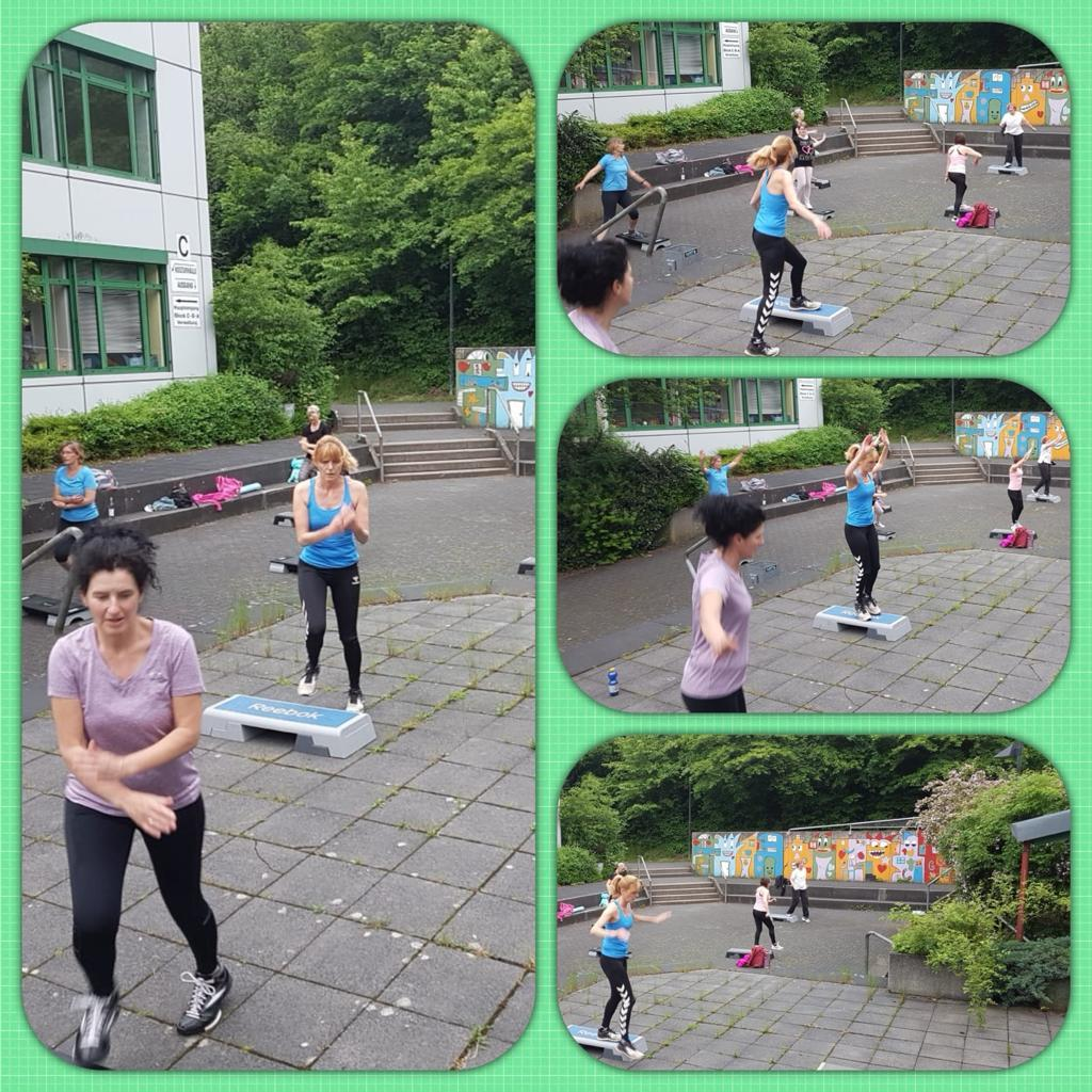 Step-Aerobic im Grünen