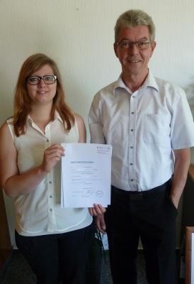 Foto zur Meldung: Prüfung zur Verwaltungsfachwirtin erfolgreich bestanden