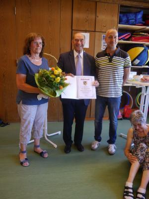 Foto zur Meldung: Bärbel Blank in den wohlverdienten Ruhestand verabschiedet