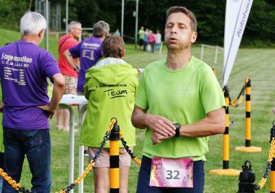 Foto zur Meldung: Bergfest und Überraschungen beim 5-Tage-Marathon – 160 finishen in Schmalensee