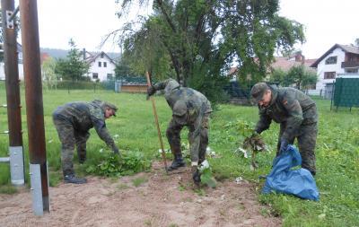 Foto zur Meldung: Umwelttag geht auch bei Regen!