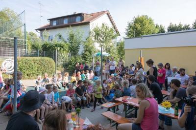 Vorschaubild zur Meldung: Sommerfest im Kindergarten Hegelstrasse