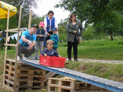 Vorschaubild zur Meldung: Sportlich gings beim Kinderfest zu