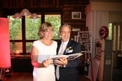 Foto zur Meldung: Evy und Peter haben geheiratet