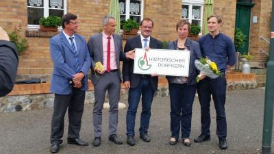 Foto zur Meldung: Minister Vogelsänger gratuliert neuen Mitgliedsdörfern der AG: Hohenseefeld (Gemeinde Niederer Fläming; Landkreis Teltow-Fläming) und Fürstlich Drehna (Stadt Luckau; Landkreis Dahme-Spreewald)