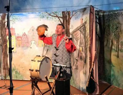 Foto zur Meldung: Theater Maskara begeistert