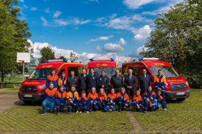 Foto zur Meldung: Drei neue Fahrzeuge für die Jugendfeuerwehren eingetroffen
