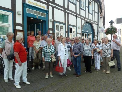 Foto zu Meldung: Senioren Velpke besuchen Höxter und Fürstenberg