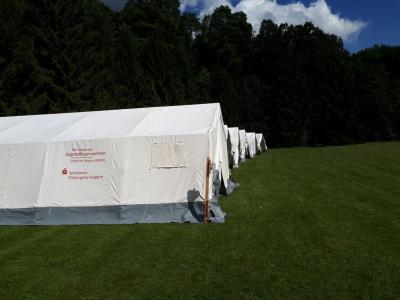 Die bei der Festveranstaltung zum 150-jährigen Jubiläum der Hauptwache und gleichzeitig 25 Jugendfeuerwehr Neuruppin, von der Sparkasse Ostprignitz-Ruppin übergebenen Zelte der FF Neuruppin kamen bereits das zweite Mal zum Einsatz.
