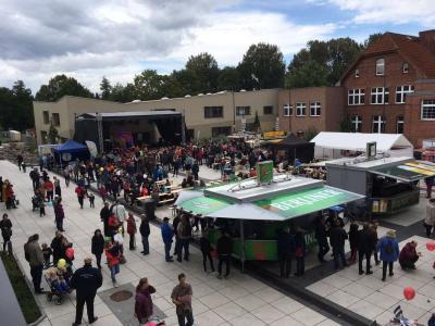 Vorschaubild zur Meldung: Stadtfestwochenende und Deutscher Jugendfeuerwehrtag – Falkensee stemmte Großveranstaltung und begrüßte viele begeisterte Gäste