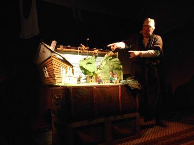 """Vorschaubild zur Meldung: """"Peter und der Wolf"""" im Puppentheater"""